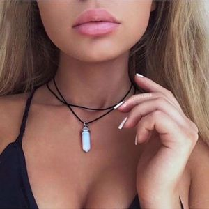 🖤White opal necklace 🖤